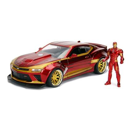 Jada Toys Marvel Iron Man & 2016 Chevy Camaro Die-Cast Car