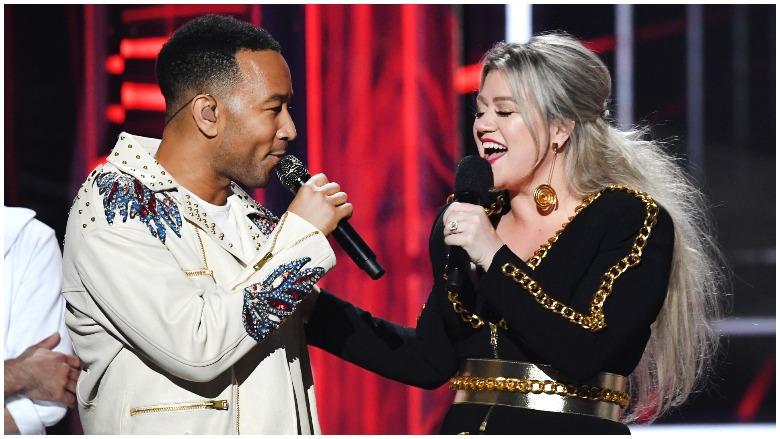 John Legend, Kelly Clarkson, Baby It's Cold Outside