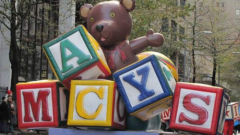 Macy's Holiday Parade in Seattle