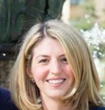 Stephanie Holmes