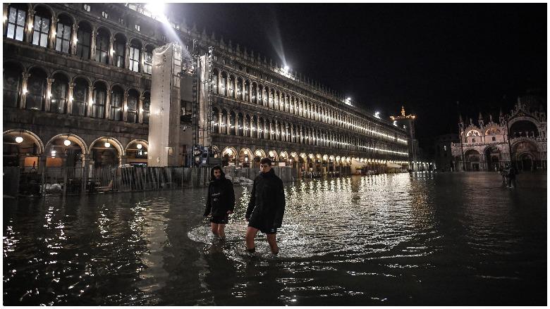 venice italy flooding