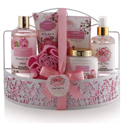 wild rose and raspberry bath gift set