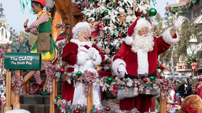 Disney Christmas Day Parade Santa Claus