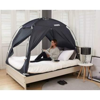 BESTEN Floorless Indoor Privacy Tent