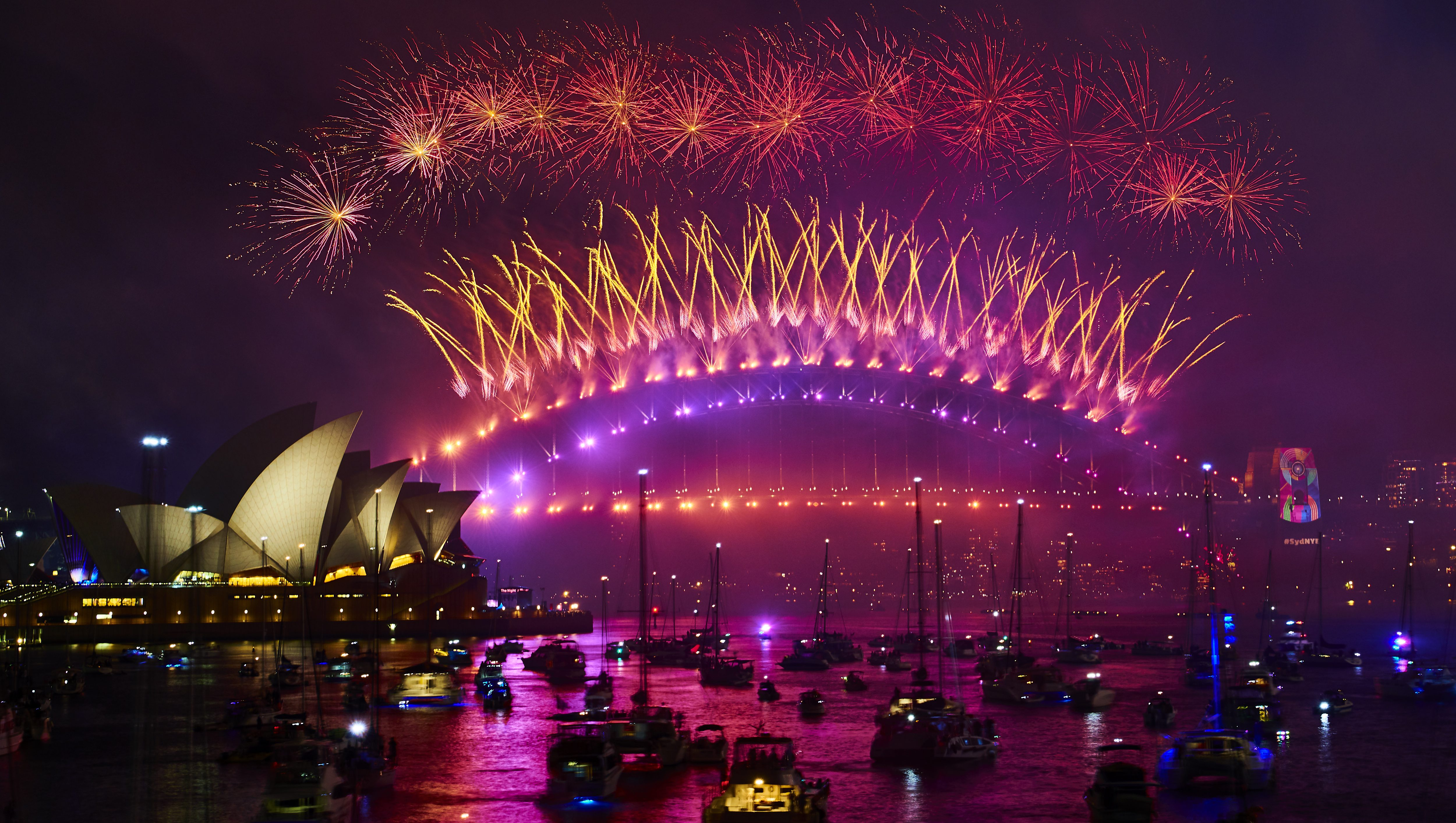 Sydney New Year S Eve Fireworks Live Stream 2020 Heavy Com