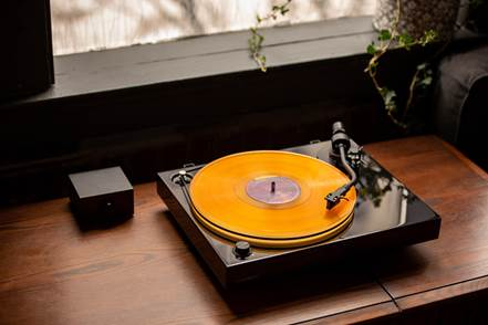 Fluance RT84 Reference High Fidelity Record Player