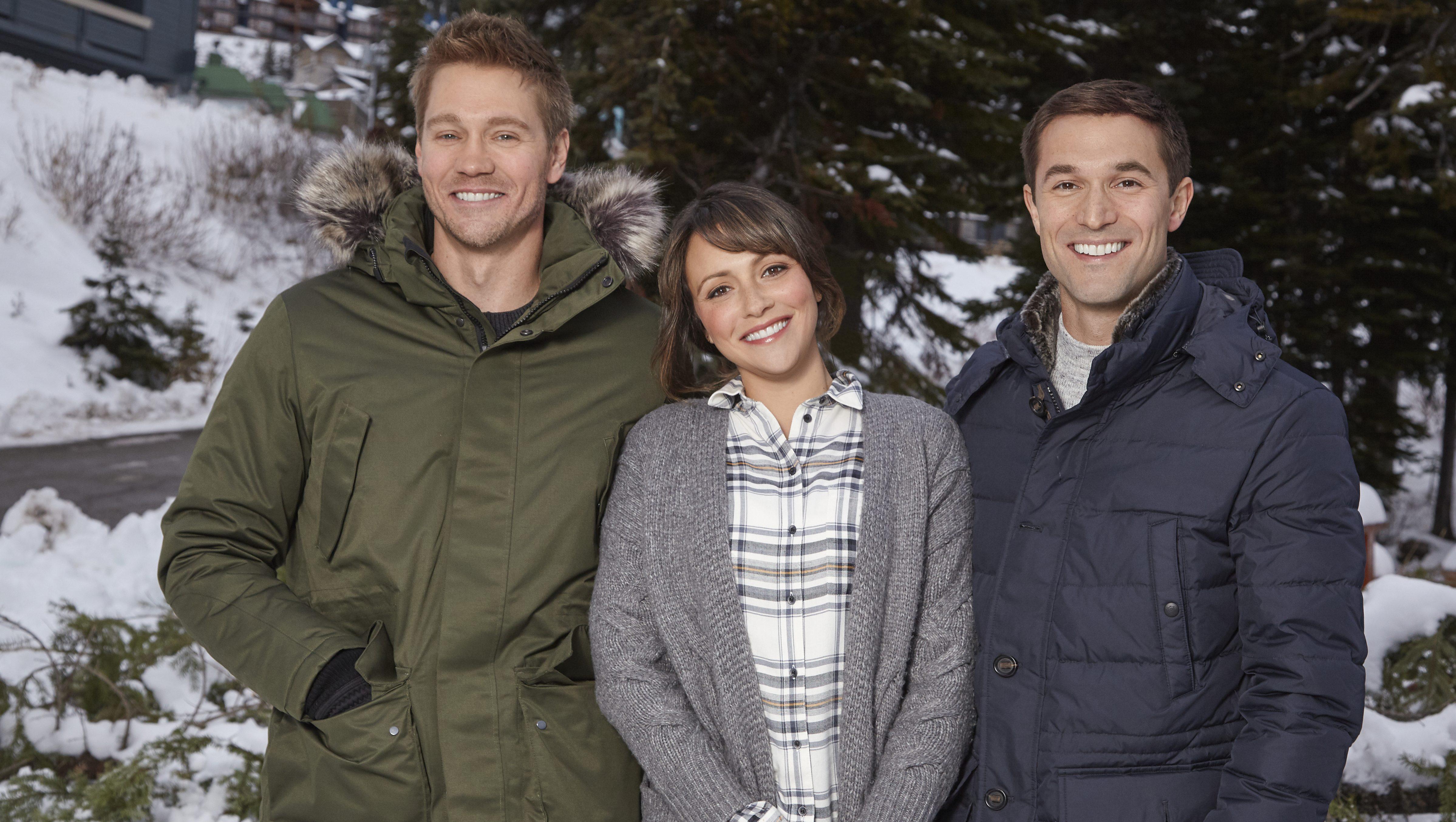 Christmas Wonderland 2020 Cast Hallmark's Love in Winterland: Where Filmed, Cast & Photos | Heavy.com