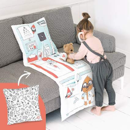 Mini 2-in-1 Fold Up Pillow Playset, Harvey's Doctor's Office