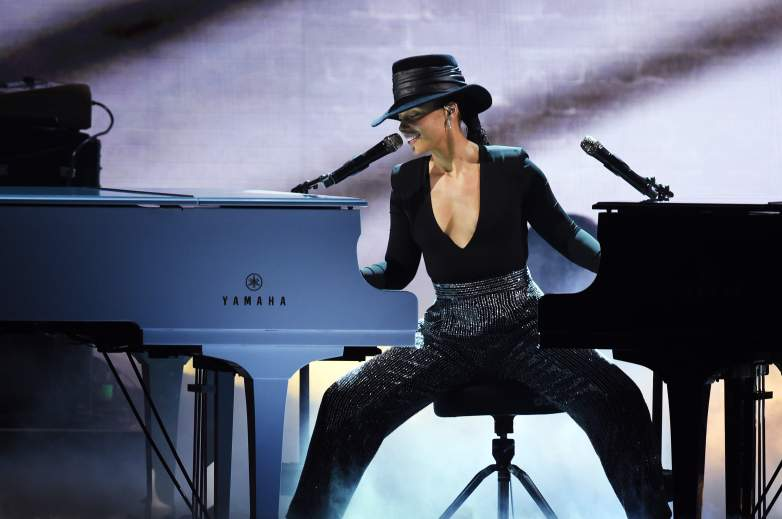 Alicia Keys is the first female host since Queen Latifah in 2005