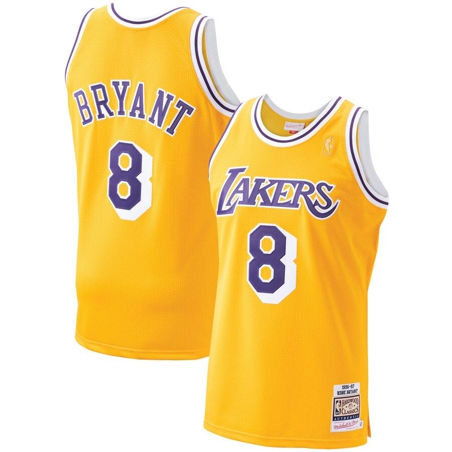 The Best Kobe Bryant Memorabilia: RIP Kobe Bryant | Heavy.com