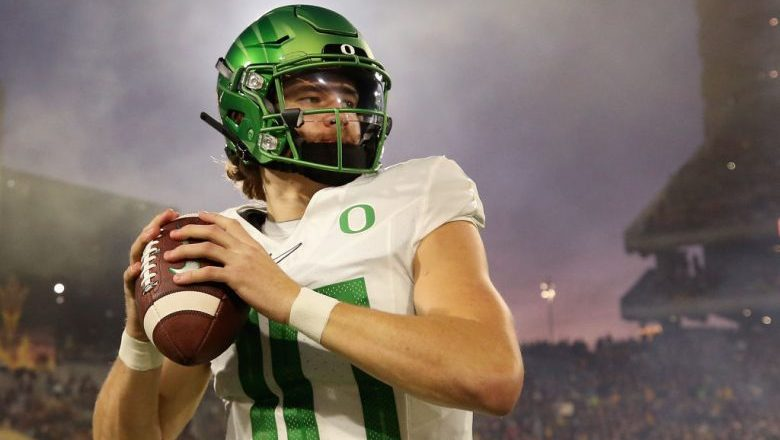 Dolphins expected to draft Justin Herbert