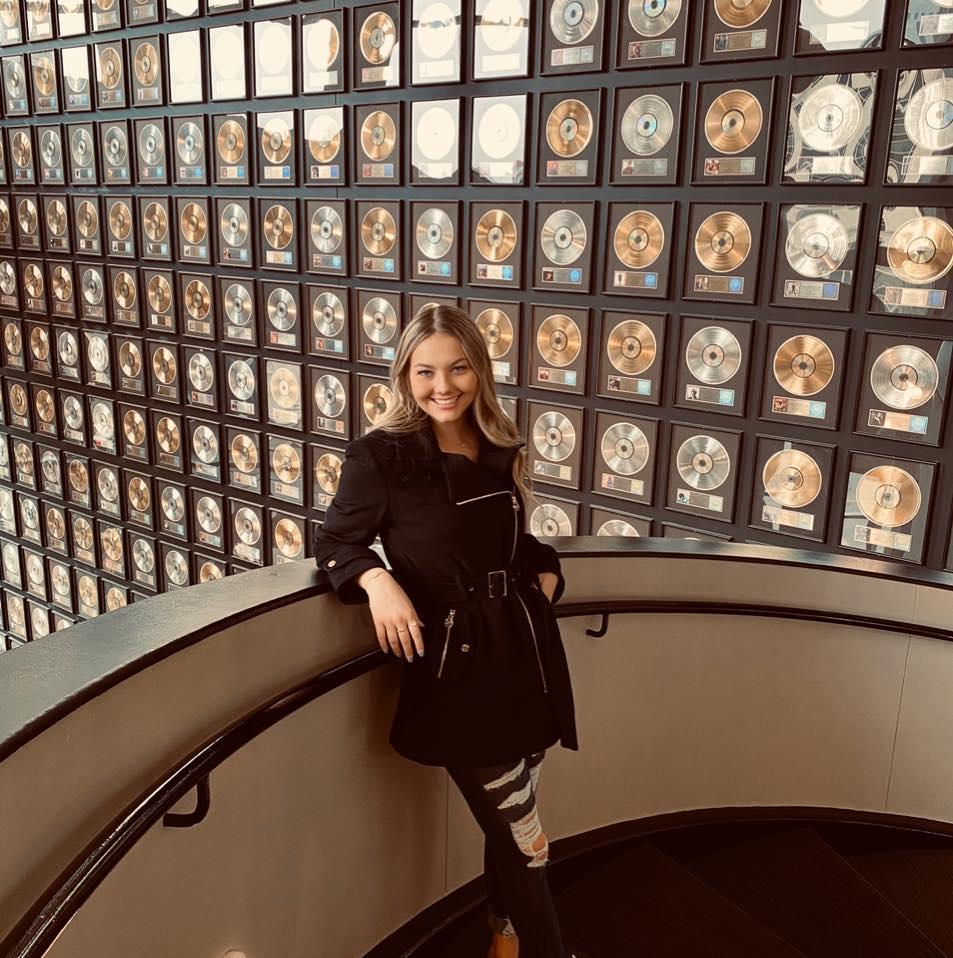 Brianna Leeder Facebok