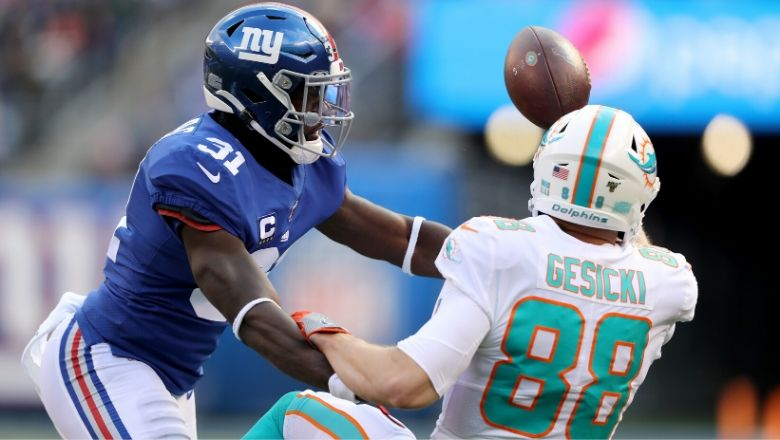 Ex-Giant Michael Thomas signs with Texans