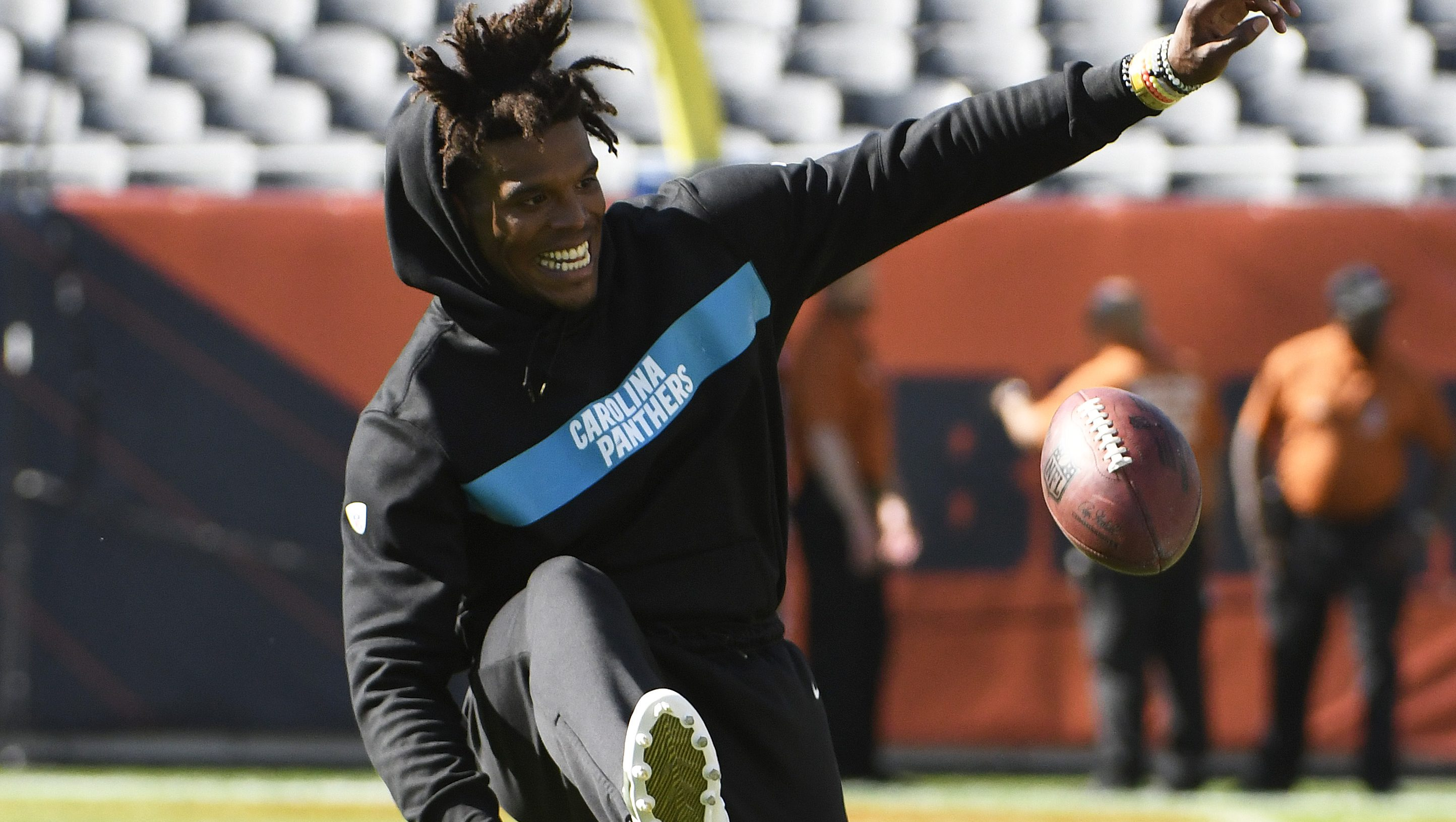 Cam Newton Spotted Throwing To Falcons Wr Calvin Ridley Watch Heavy Com