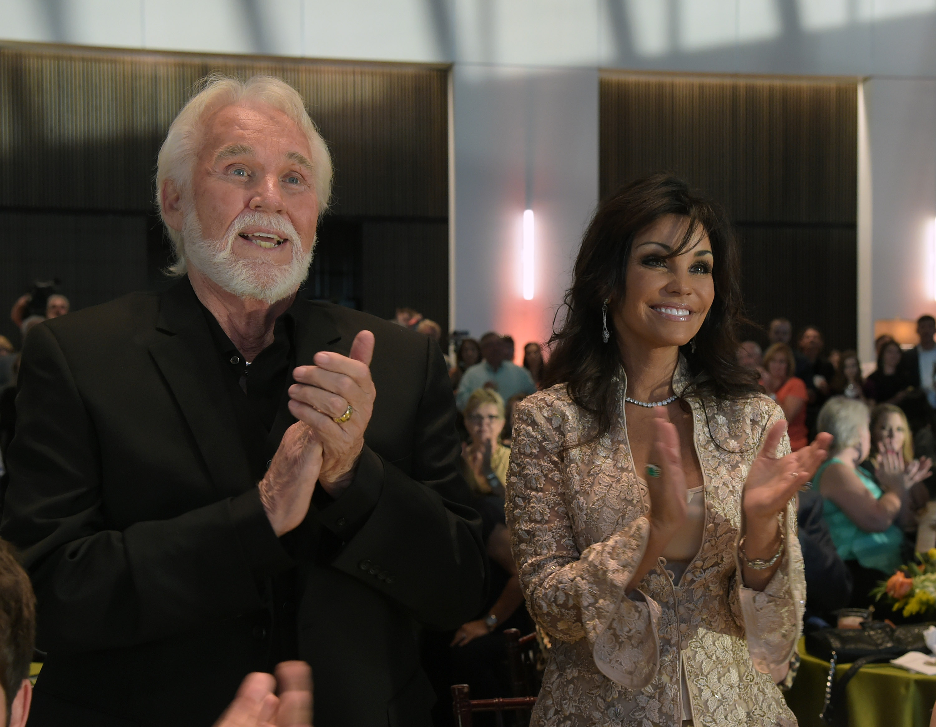 Kenny Rogers' Wife, Wanda Miller: 5 Fast Facts You Need to ...