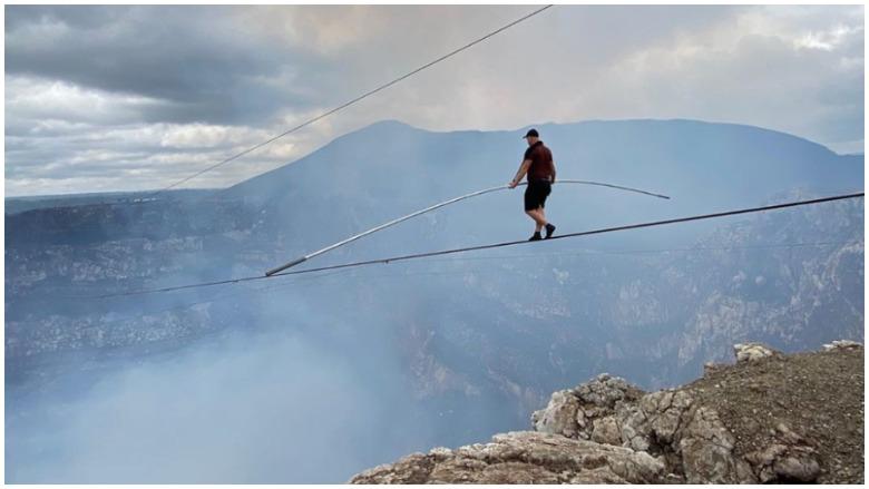 nik wallenda volcano harness