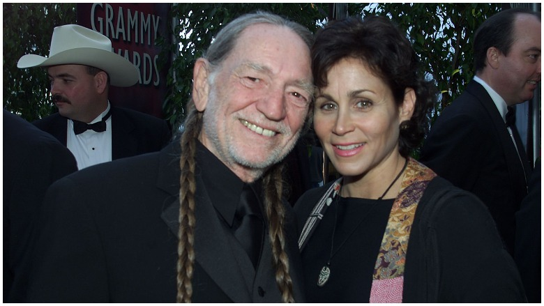Annie D'Angelo, Willie Nelson