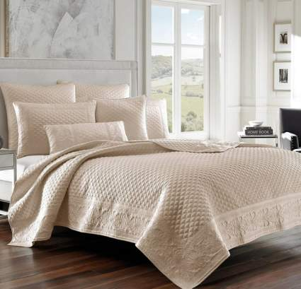 Five Queens Court Zarah Satin Damask Embroidered Coverlet