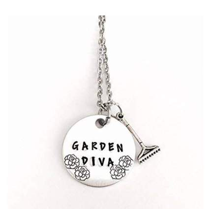 garden diva necklace