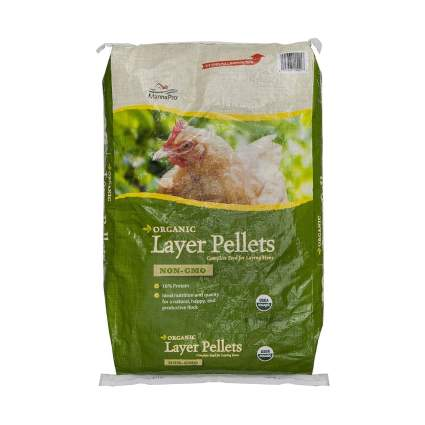 Manna Pro Layer Pellets for Chickens