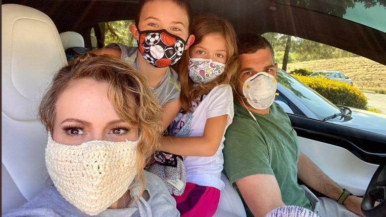 Alyssa Milano face mask