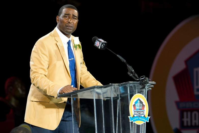 Cris Carter speaking at his Pro Football Hall of Fame induction