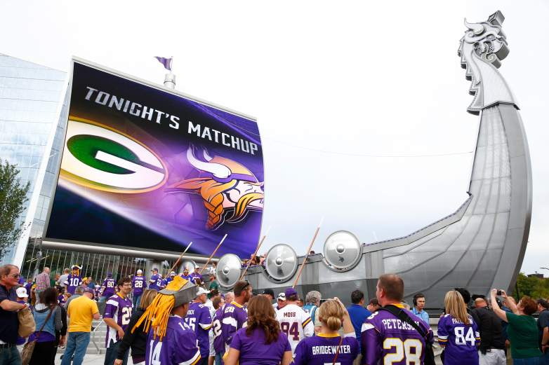Fans outside of U.S. Bank Stadium prior to its inaugural game versus Green Bay