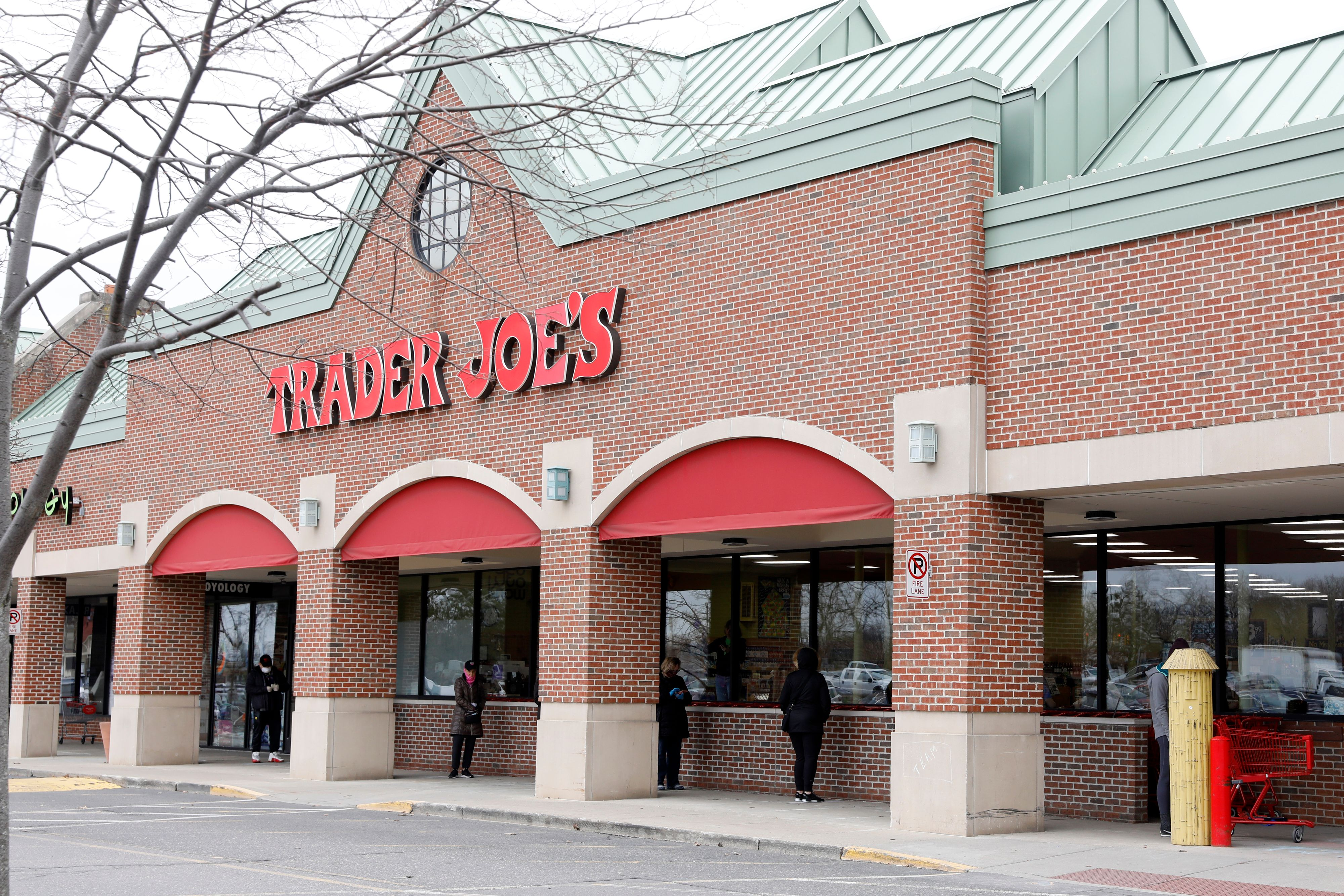 Trader Joes Memorial Day Hours 2020 Is It Open Or Closed Heavy Com