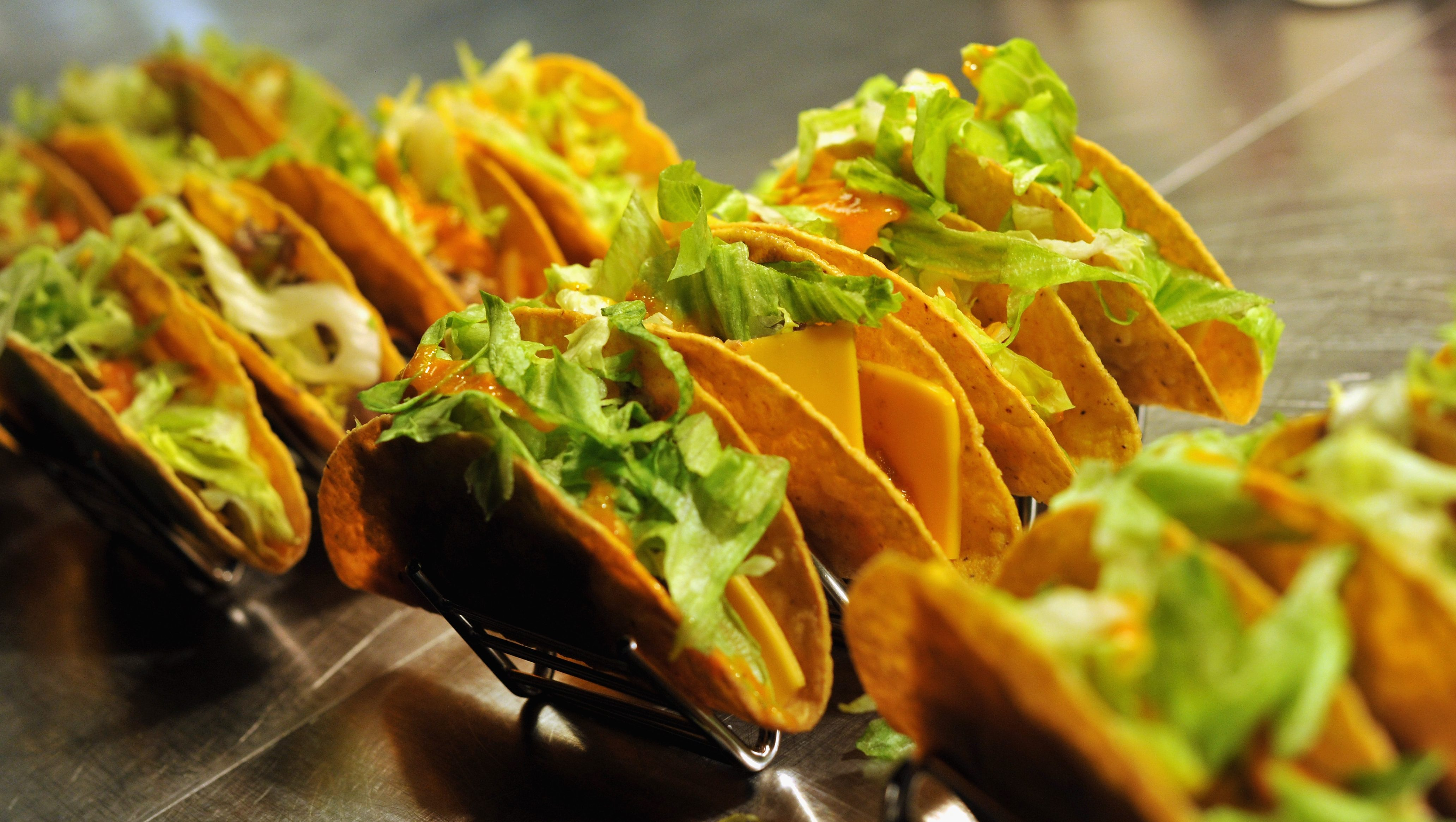 National Taco Day 2020 Where To Find Free Tacos Deals Other Freebies Heavy Com