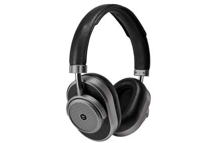 Master & Dynamic MW65 noise-canceling headphones