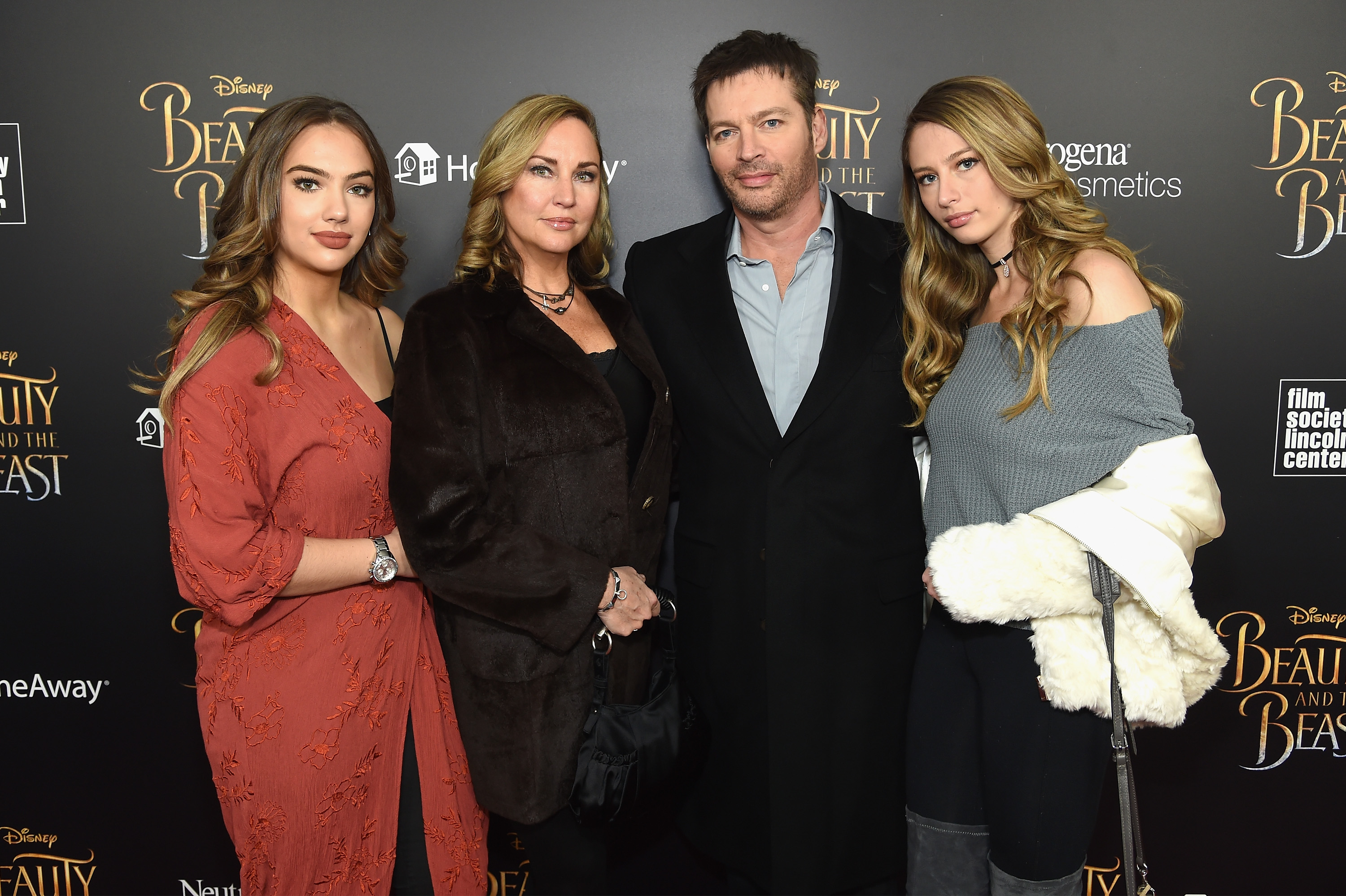 Harry Connick jr family daughters