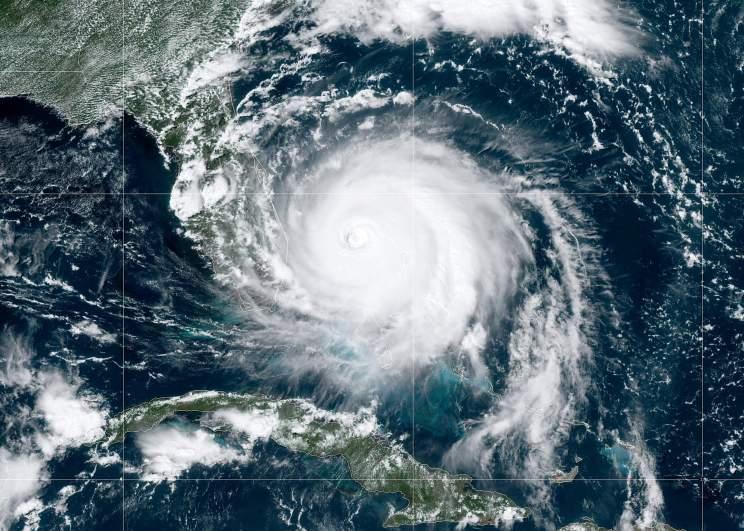 Hurricanes and Saharan Dust