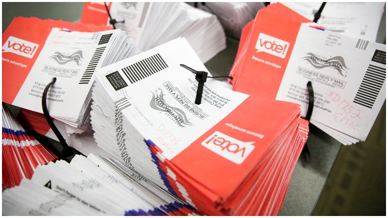 Advantages And Disadvantages Of Voting By Mail Heavy Com