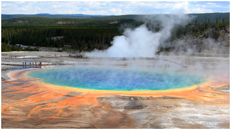 supervolcano eruption yellowstone, yellowstone volcano, yellowstone supervolcano