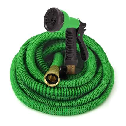 100 foot expandable hose with nozzle