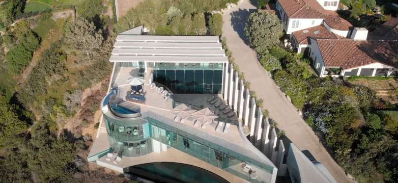 Razor House Mansion aerial view