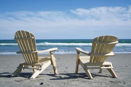 GAZEBO JOE'S Reclining Lounge Wood Folding Adirondack Chair for Patio