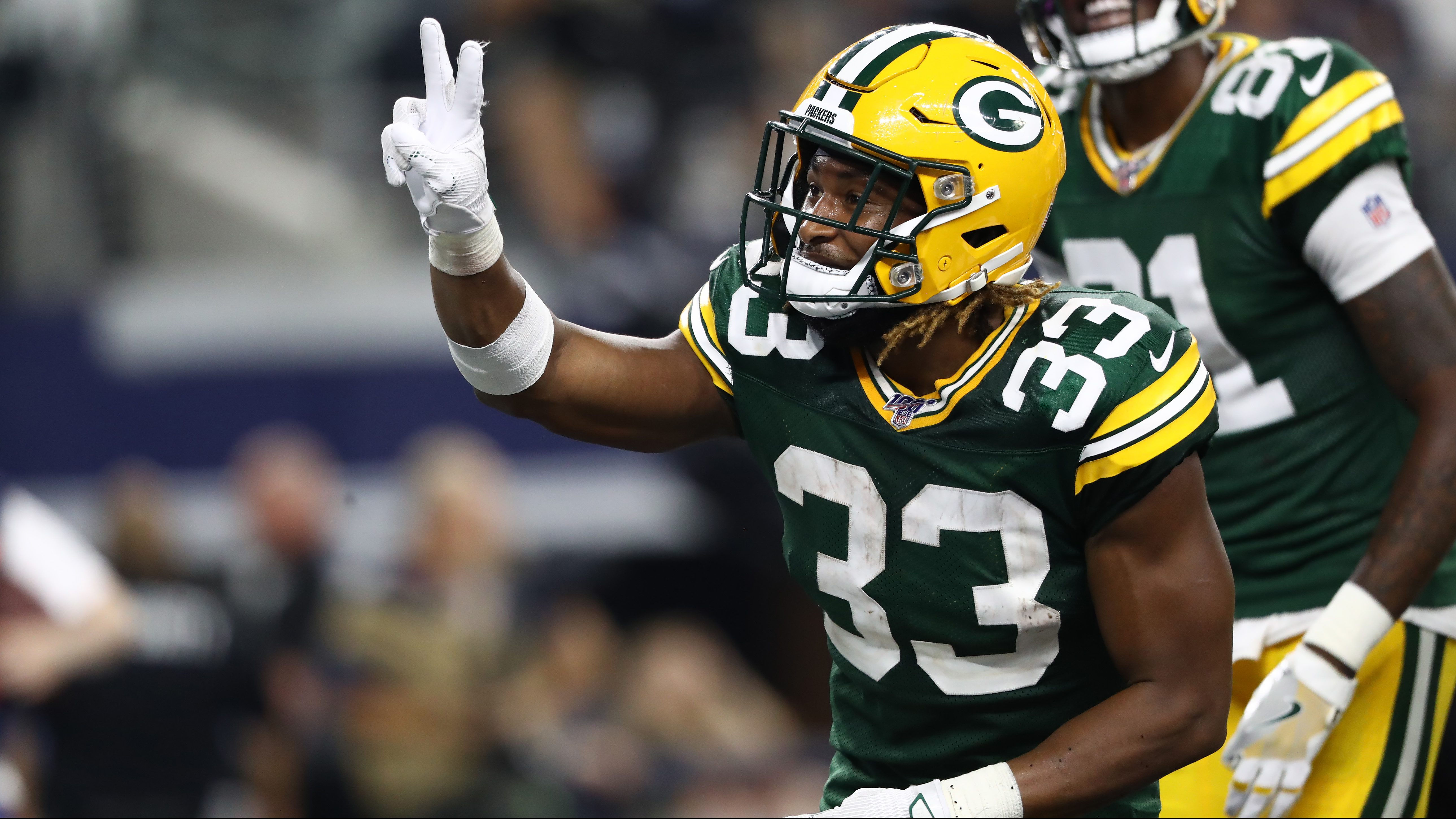 Packers Aaron Jones Goes Viral With Photo During Birth Of Son Look Heavy Com