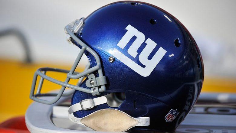 Giants sign ex-Cardinals OT, rookie Jackson Dennis