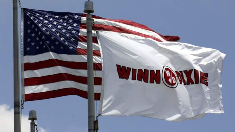 JACKSONVILLE, FL - JUNE 22: Flags wave outside supermarket chain Winn-Dixie corporate office June 22, 2005 in Jacksonville, Florida.