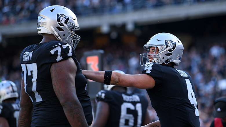 trent brown derek carr
