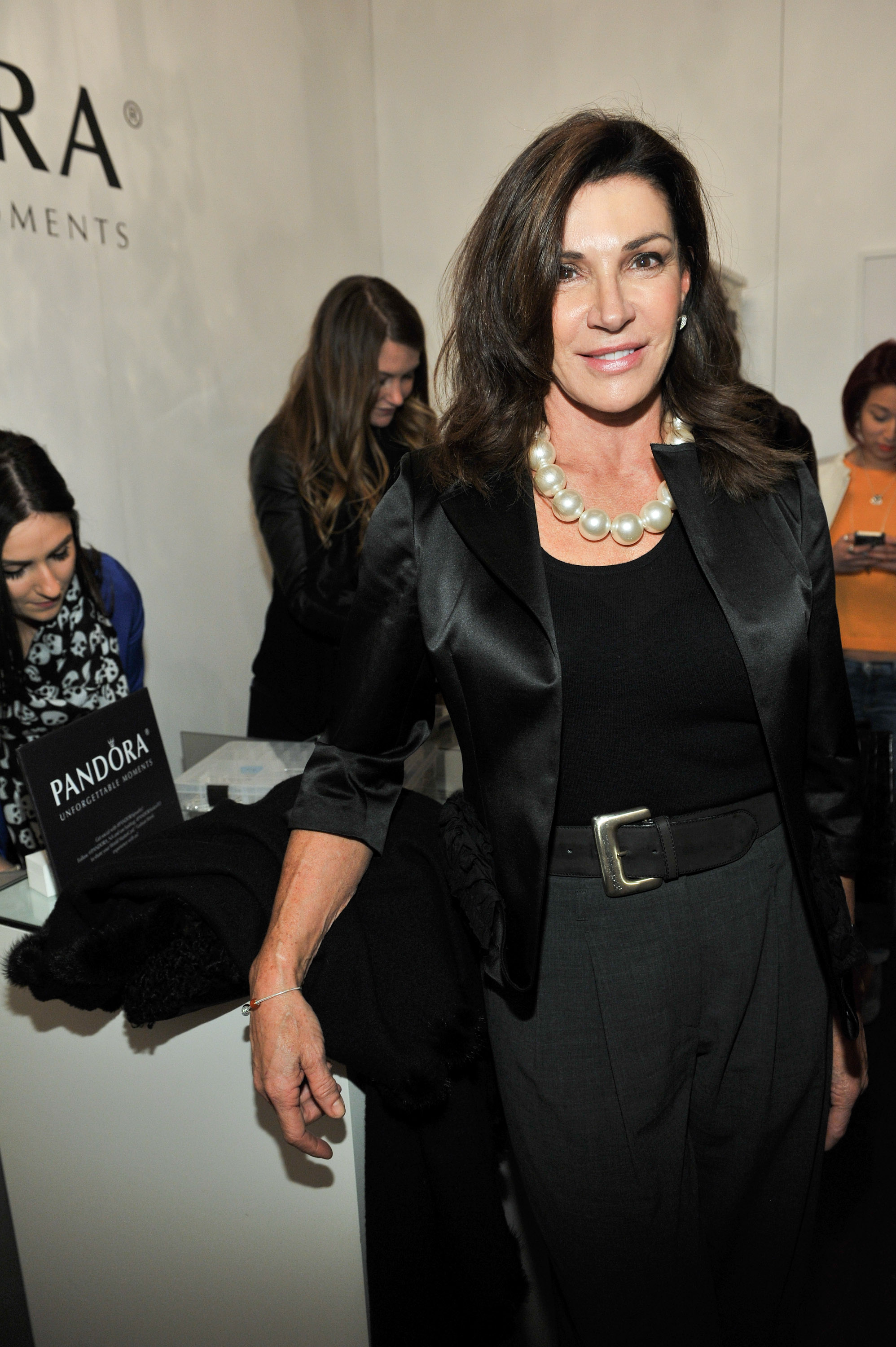 Are Hilary Farr David Visentin Of Love It Or List It Married Or Just Friends Usa New News