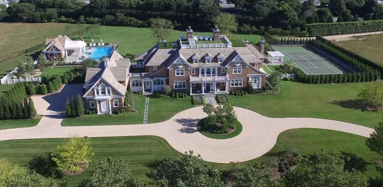 Million Dollar Beach House: 9 Old Towne Lane is the Taj Mahal of the Hamptons | Heavy.com