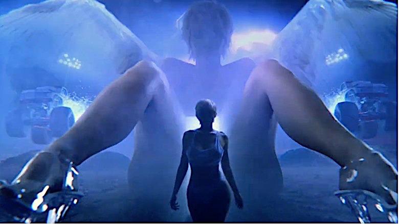 Feel Me music video
