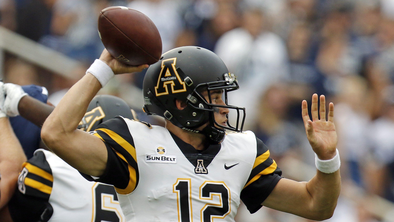 Watch NCAA College Football Games Live Online | Hulu