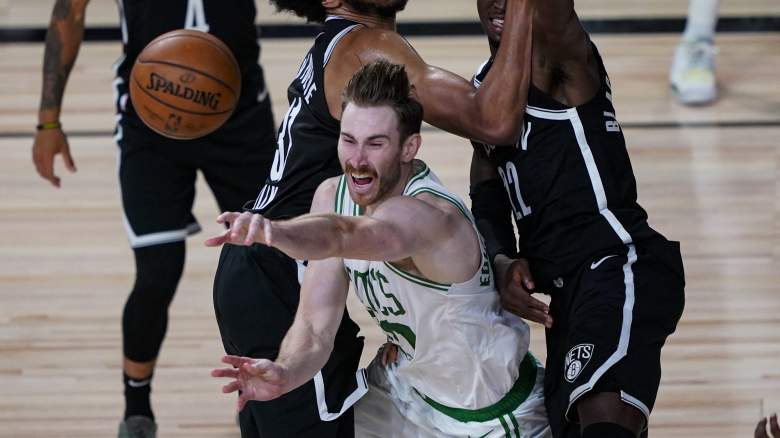 Gordon Hayward (center), Celtics