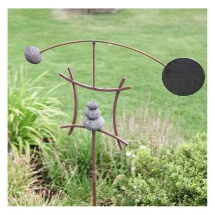 kinetic yard sculpture