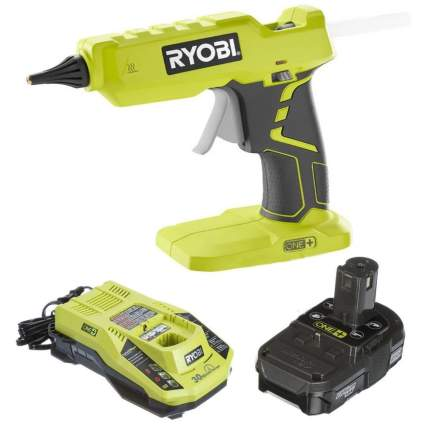 Ryobi P305 Glue Gun with Battery and Charger