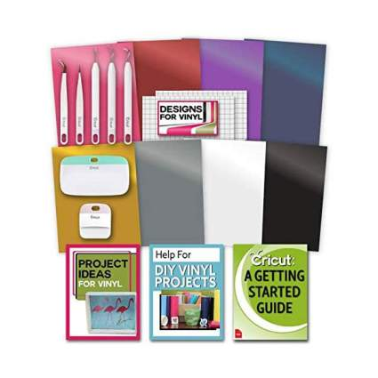 Crafting bundle from Cricut