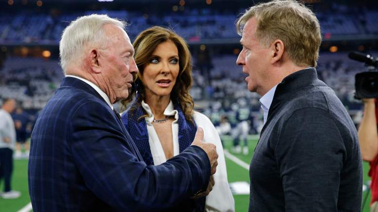 Jerry Jones with NFL commissioner Roger Goodell